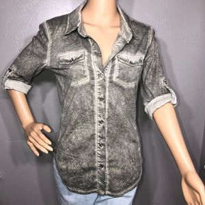 GUESS front buttons shirt size S